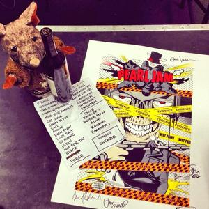 Setlist photo from Pearl Jam - Budweiser Gardens, London, ON, Canada - 16. Jul 2013